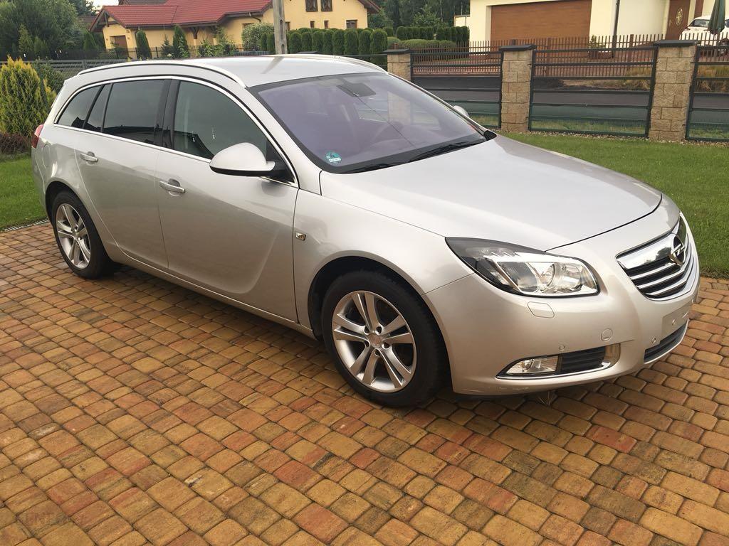 Opel Insignia A 2010 160km Kombi Srebrny Opinie I Ceny Na Ceneo Pl