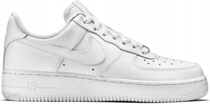 Białe Nike Air Force 38
