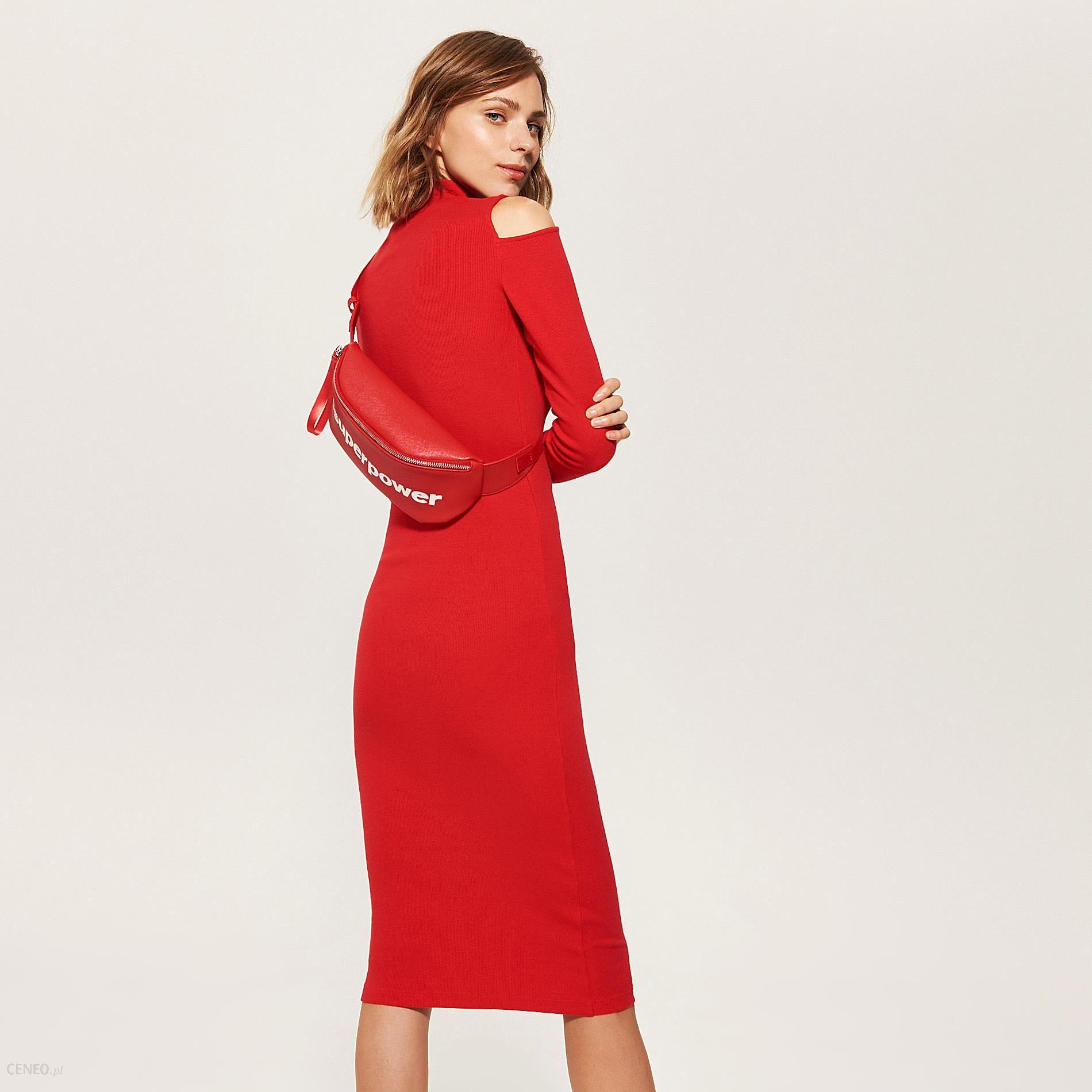 cd11529fe5 House - Dzianinowa sukienka z golfem - Czerwony - Ceny i opinie ...