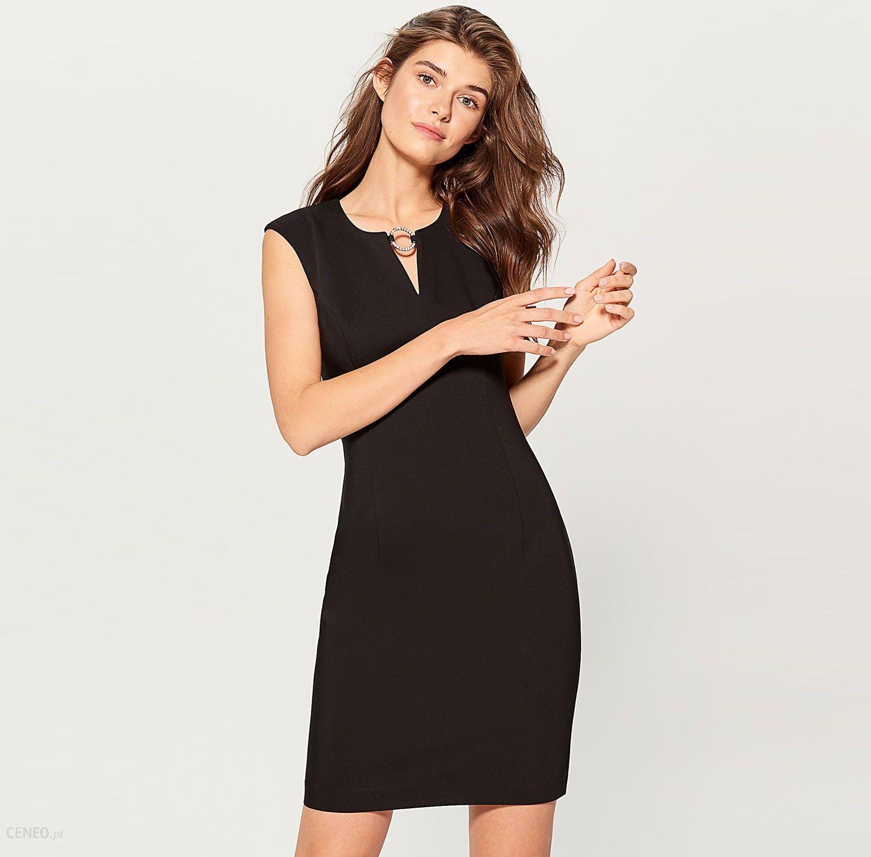bf876e8c31 Mohito - Sukienka z biżuteryjną klamrą - Czarny - Ceny i opinie ...