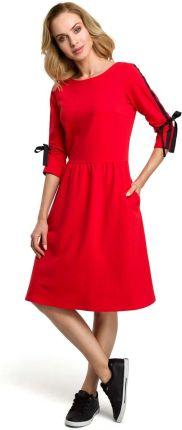 053300c30b MOE Czerwona Klasyczna Rozkloszowana Sukienka z Lampasem