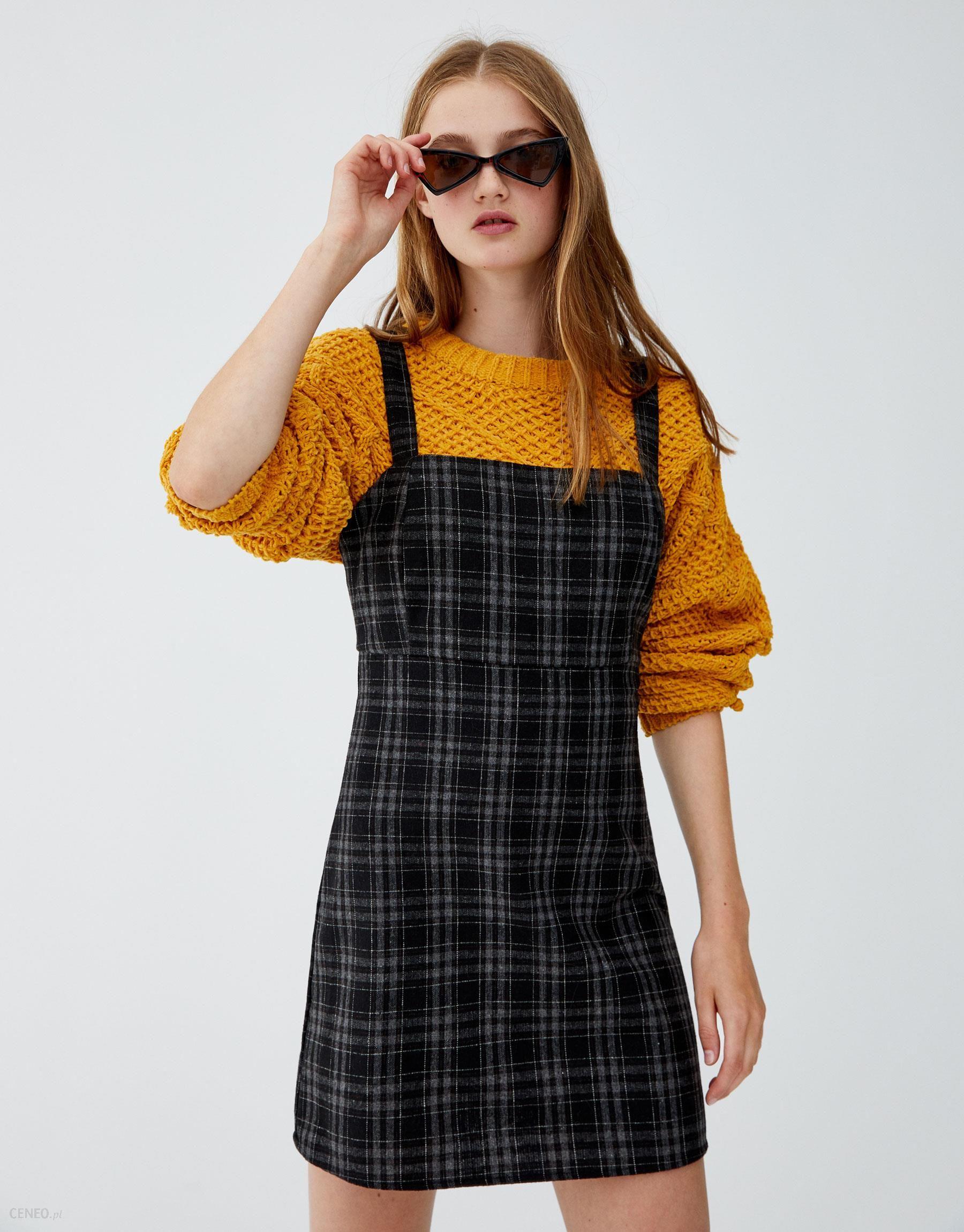 25996bd424 Pull   Bear Sukienka na ramiączkach w kratkę - Ceny i opinie - Ceneo.pl