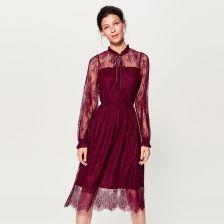 Mohito - Koronkowa sukienka ze stójką - Bordowy - zdjęcie 1