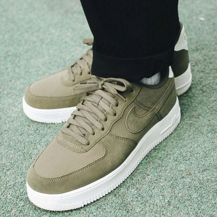 official photos 5ac07 4a4a2 Nike Air Force 1 07 Suede ...