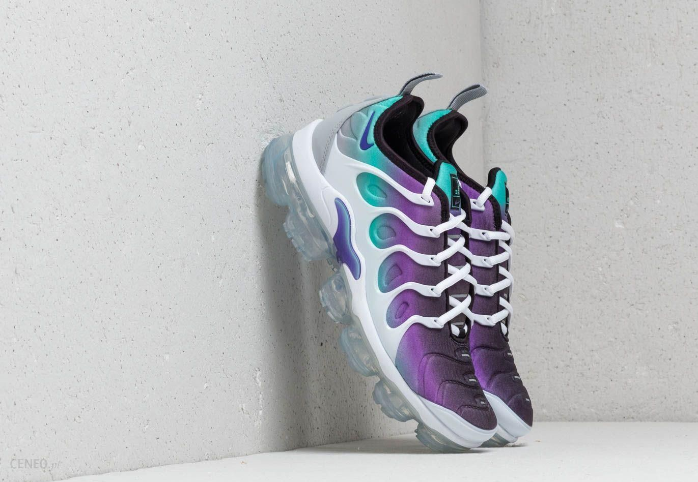 online store 5b399 3aef4 Nike Air Vapormax Plus White/ Fierce Purple