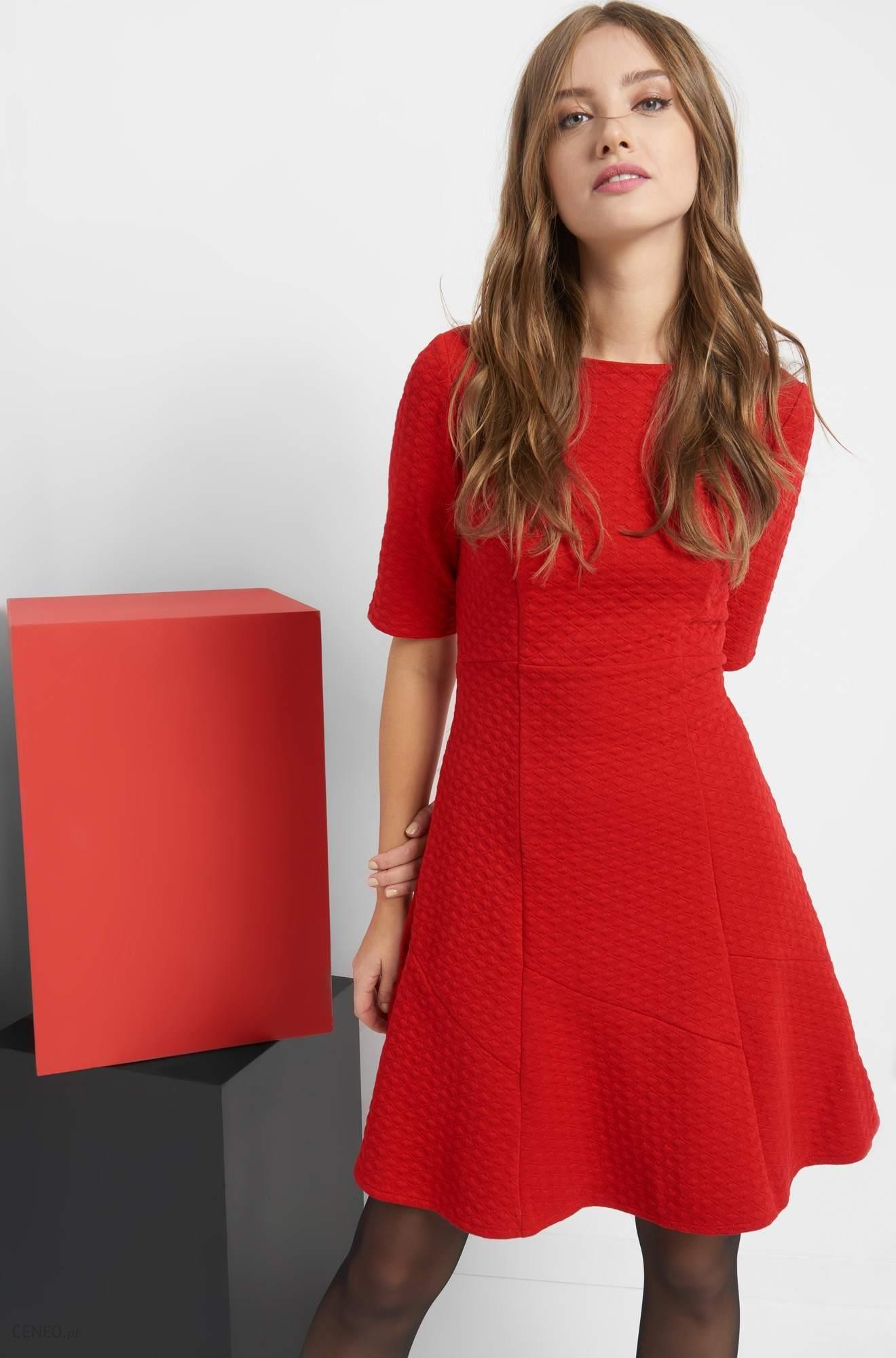 084b16b277 Orsay Rozkloszowana sukienka z fakturą - Ceny i opinie - Ceneo.pl