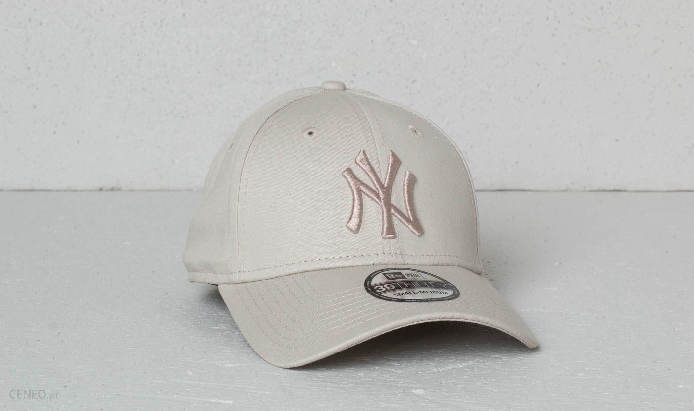4e55f511882 New Era 39Thirty MLB League Essential New York Yankees Cap Satin - zdjęcie 1