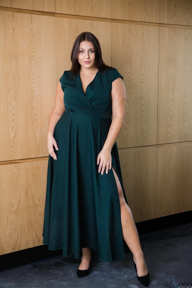 b8e8bba208 Zielona Sukienka LOREDANA Plus Size - Ceny i opinie - Ceneo.pl