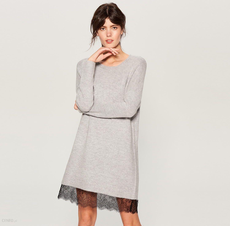 f96b7fdfc39b9a Mohito - Swetrowa sukienka z koronką - Jasny szar - Ceny i opinie ...