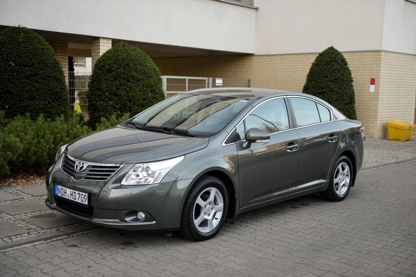 Toyota Avensis 1 8 Valve Matic Exclusive Skory Opinie I Ceny Na Ceneo Pl