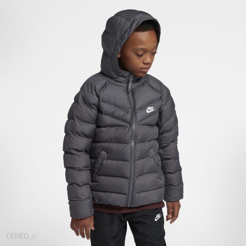 e9cc73d4c Kurtka z syntetycznym wypełnieniem dla dużych dzieci Nike Sportswear - Szary  - zdjęcie 1