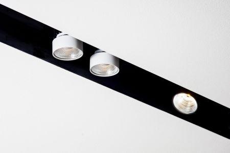 lampy sufitowe do łazienki wpuszczane w sufit