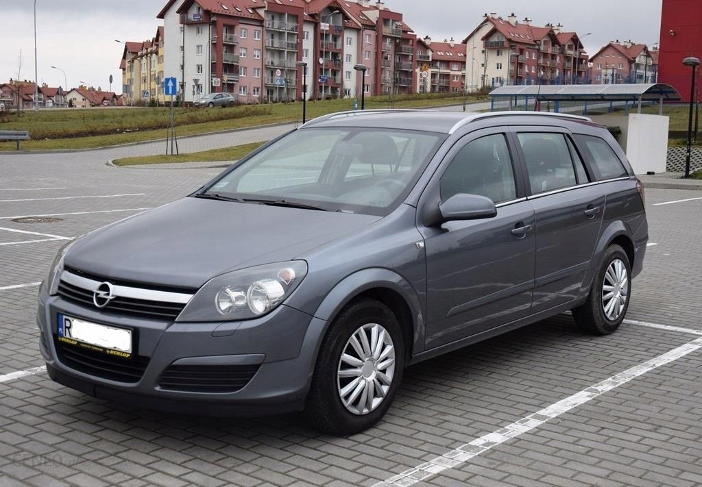 Opel Astra H Kombi 17 Cdti 101 Km Zadbany Opinie I Ceny Na Ceneopl