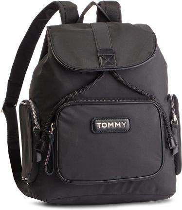 a5784ec39454f Plecak TOMMY HILFIGER - Varsity Nylon Backpack AW0AW06122 002 eobuwie