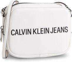 d02d40742655f Torebka CALVIN KLEIN JEANS - Sculpted Logo Camera Bag K60K605247 102 eobuwie