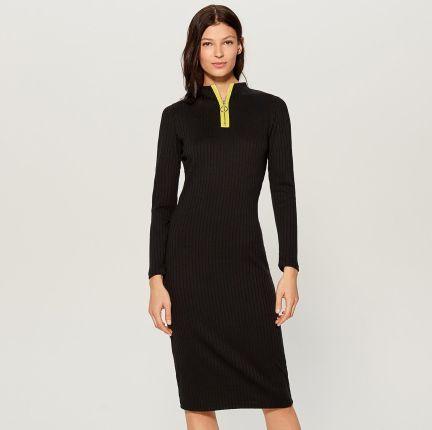c325d80fc3 Mohito - Dopasowana sukienka z prążkowanej dzianiny - Czarny Mohito