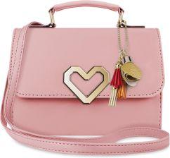 5f7d7c92fa23d Torebka damska sztywny kuferek do ręki listonoszka z klapą i breloczkiem  pastele - różowy