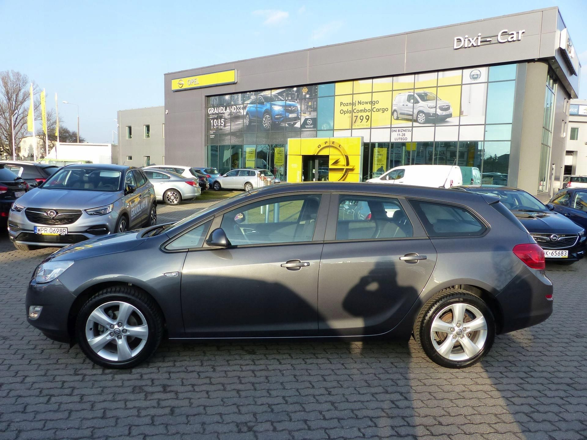W superbly Opel Astra IV 1,4 120KM MT6 Kombi Enjoy, Felgi - Opinie i ceny na YH77