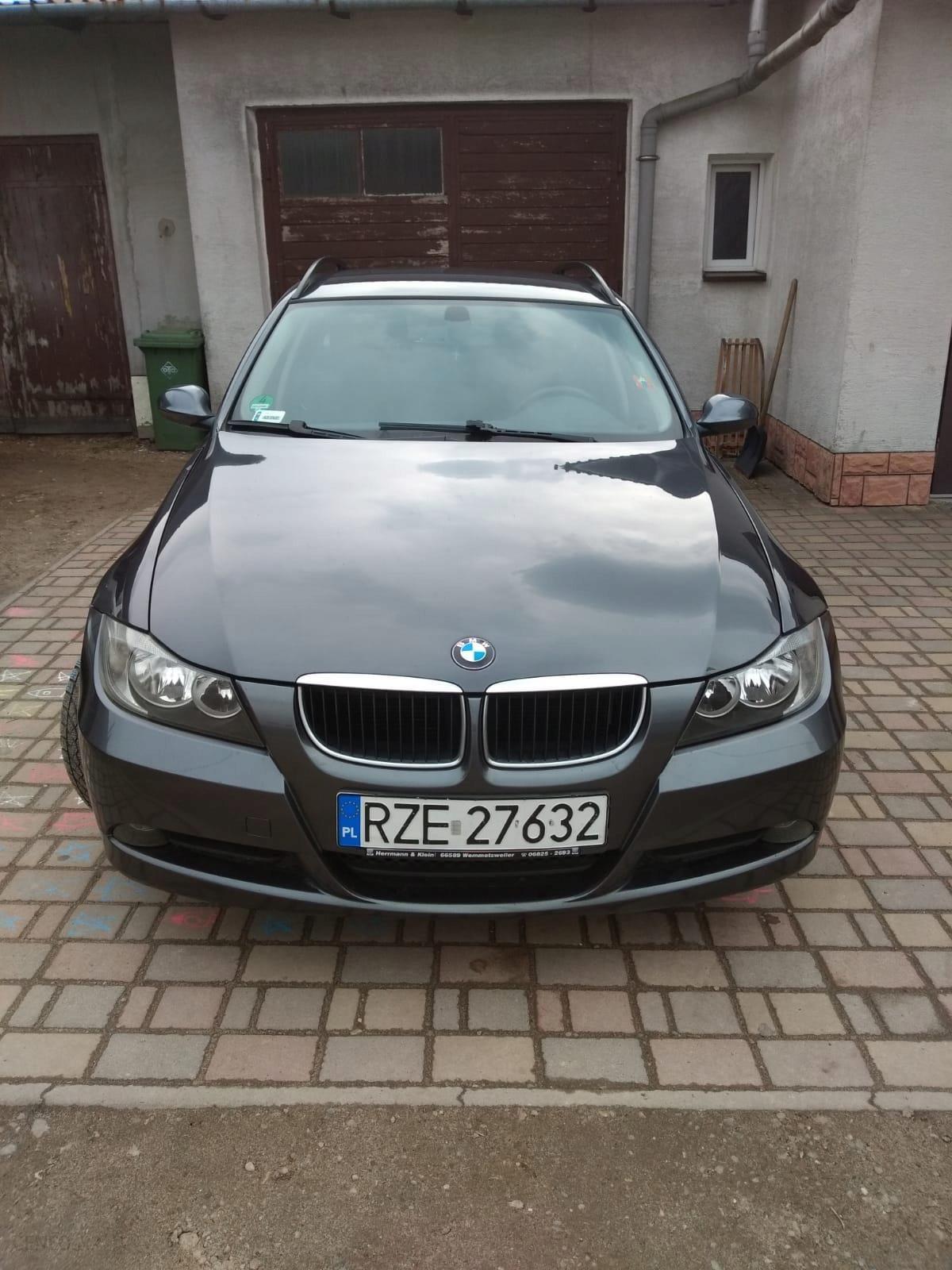 Bmw E91 318 I 20 Benzyna 130 Km Stan Bdb Opony Opinie I Ceny