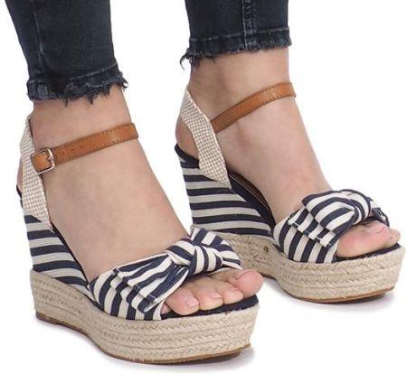 e6929123 Różowe sandały na koturnie z ćwiekami espadryle 40 - Ceny i opinie ...
