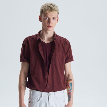 887af2c0fe0951 Cropp - Koszula z krótkim rękawem basic - Bordowy ...