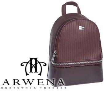 7d03a80754520 Skórzane torebki damskie lakierowane - Barberini s - Granatowy ...