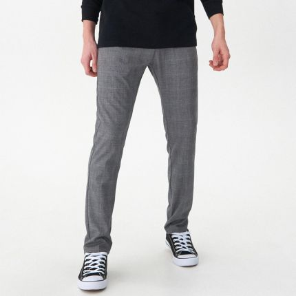 d29af586f0084 Reserved - Spodnie garniturowe w kratę super slim fit - Jasny szar ...