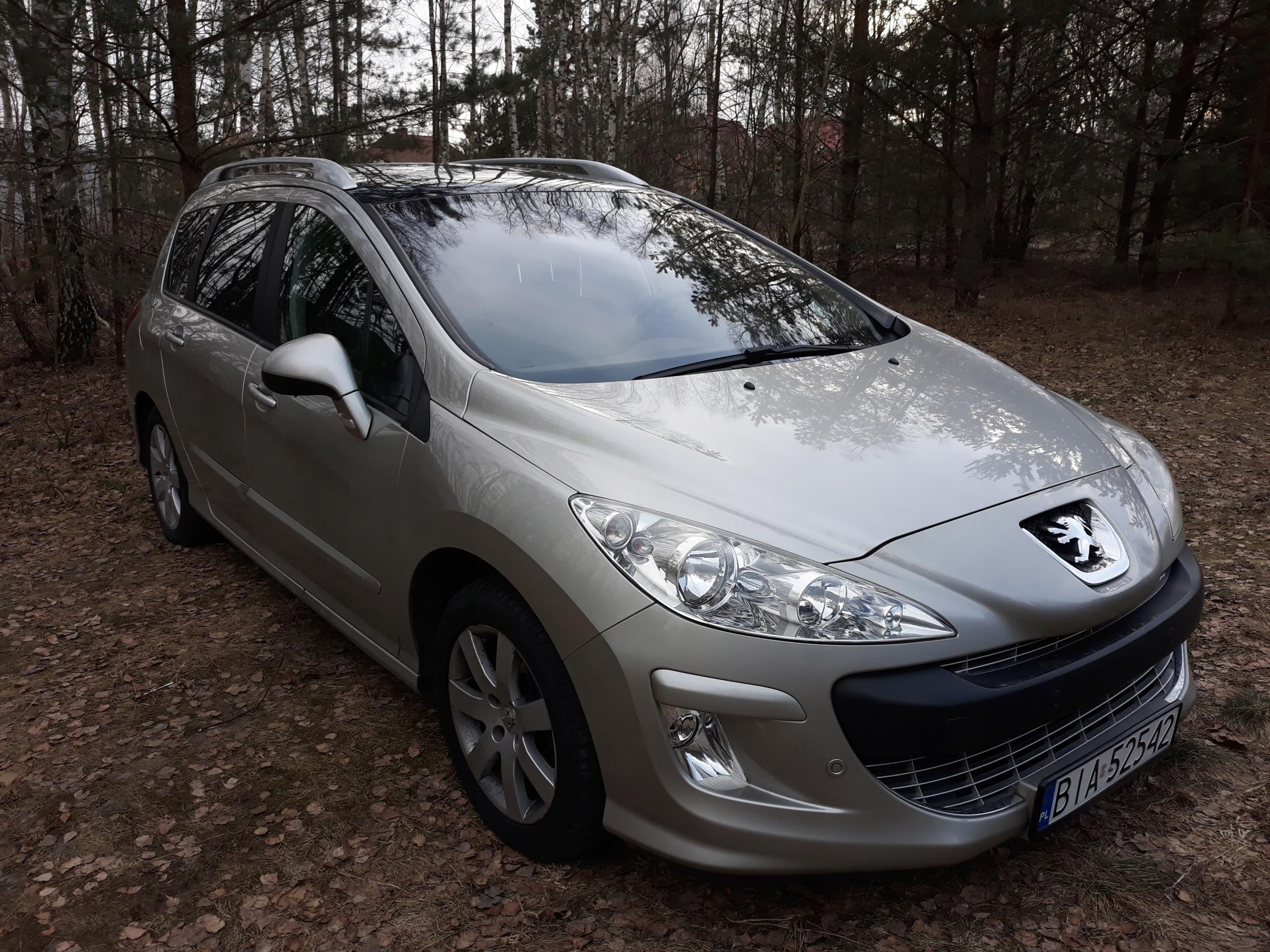 Młodzieńczy Peugeot 308 SW 1.6 benzyna 120 KM 7-osobowy - Opinie i ceny na BZ31