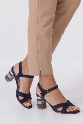 b996d686 Granatowe sandały ze skórzaną wkładką na szerokim ozdobnym obcasie paski na  krzyż Casu N19X3/N