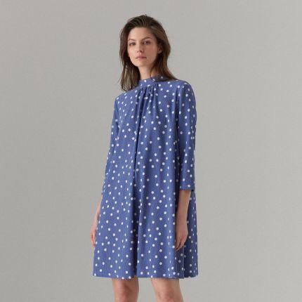 9a475d9021 Mohito - Trapezowa sukienka ze stójką - Niebieski Mohito