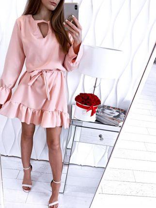 b43972517c ... Elegancka Maxi Kolorowa Sukienka w Typu Hiszpanka. Magmac Sukienka  oversize z falbanką ANETA