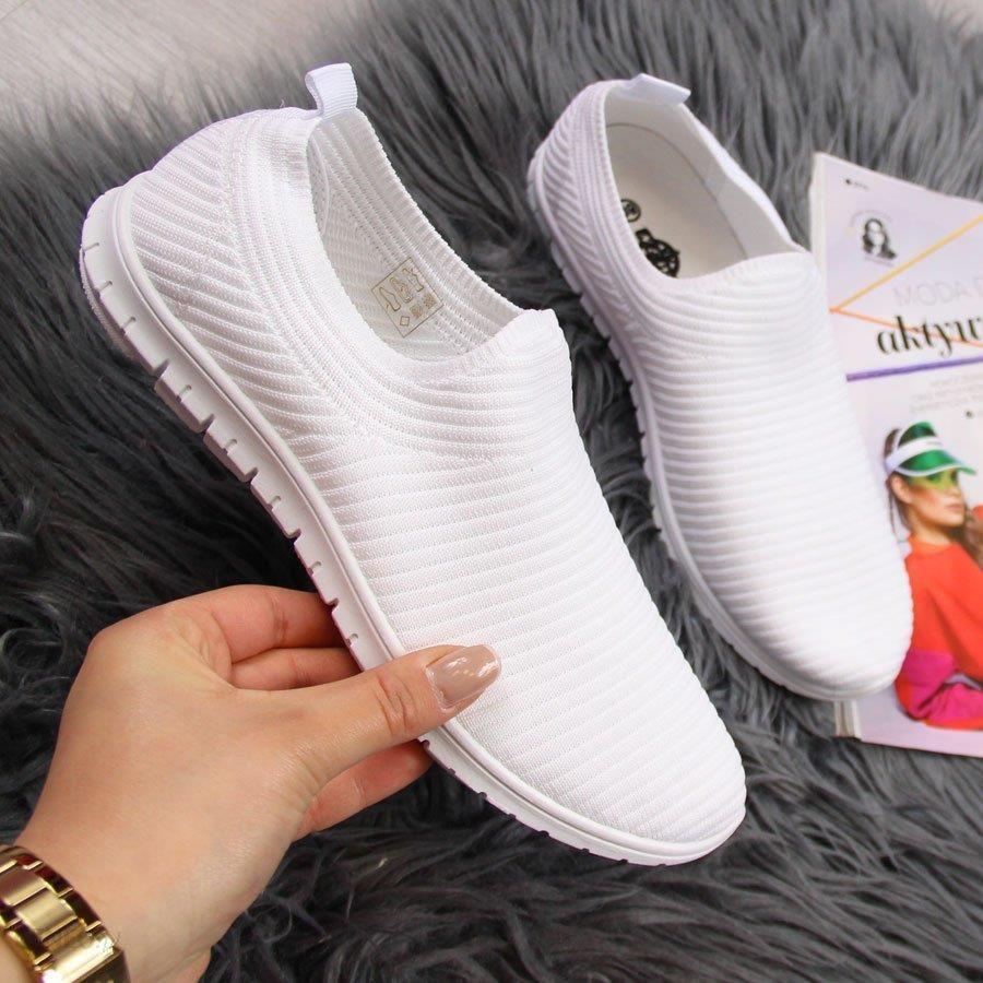wsuwane buty sportowe damskie adidas
