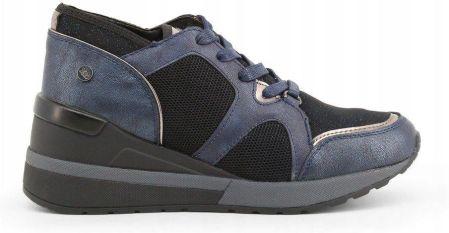c7fe0c0e7255 Podobne produkty do Nike Roshe One Hi Flash GS Black  Metallic Silver-Summit  White