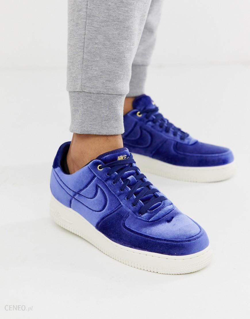 Nike Air Force 1 '07 trainers in blue velvet Blue