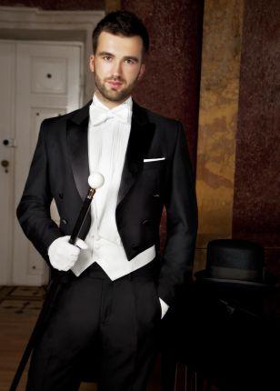 68bd79563a1f2 Garnitury męskie, eleganckie, modne garnitury ślubne Lato 2019 ...