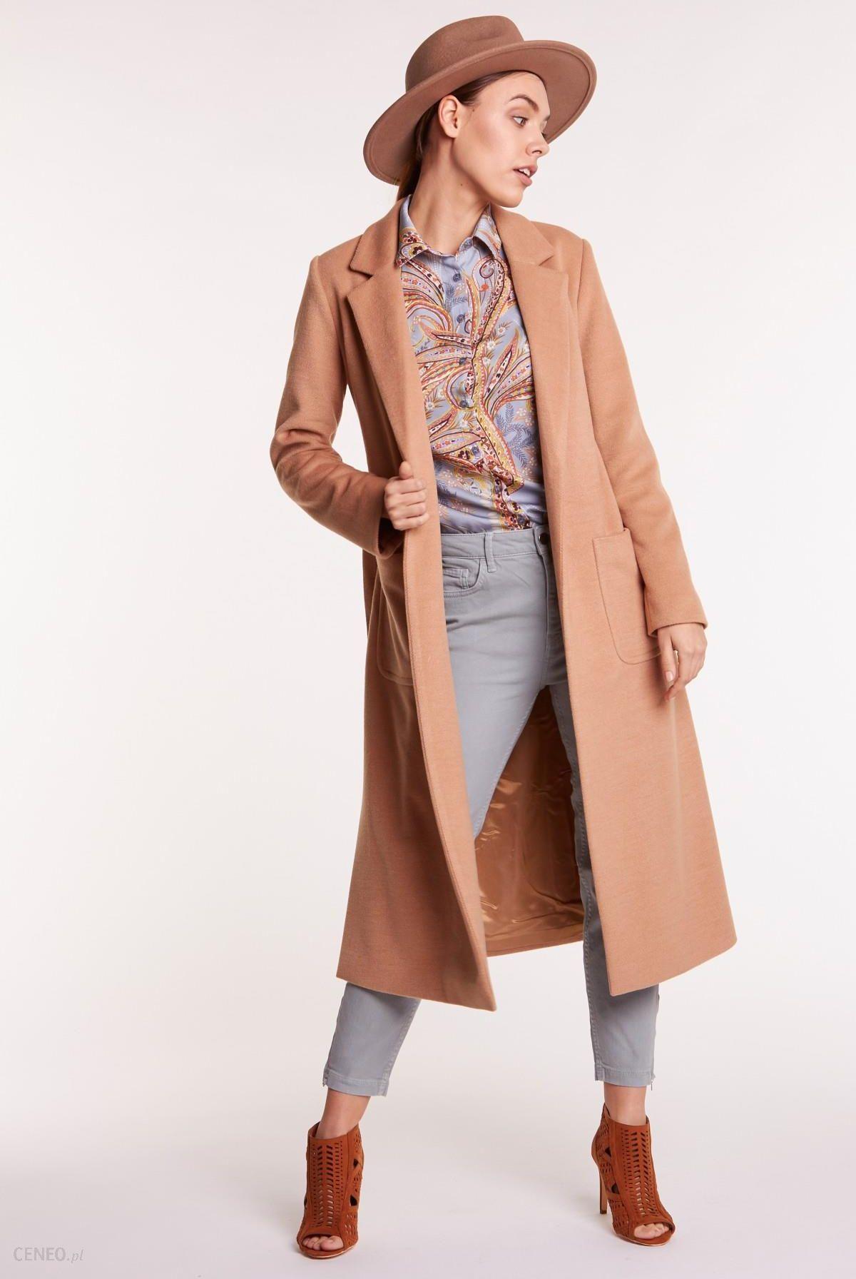 Karmelowy płaszcz dwustronny futerko