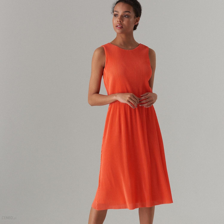 5752b7e6 Mohito - Sukienka midi z dekoltem na plecach - Pomarańczowy - Ceny i opinie  - Ceneo.pl