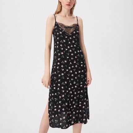 1f1217831c Mohito - Dopasowana sukienka ze zmysłowym dekoltem - Czerwony - Ceny ...