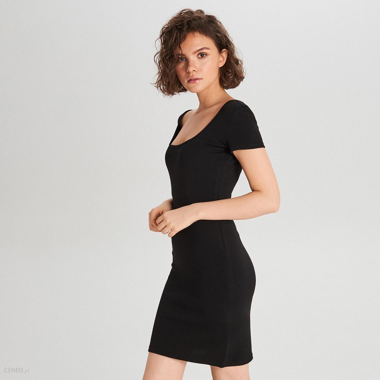 51e3f96126becd Cropp - Sukienka z dekoltem na plecach - Czarny - Ceny i opinie ...