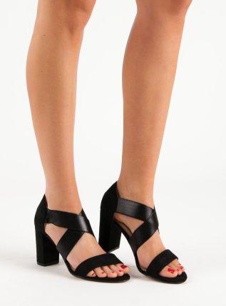 1b4249786c5ef3 Różowe sandały ze skórzaną wkładką z zakrytą piętą i paskiem wokół ...