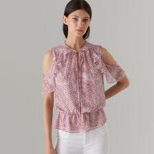 72e398b4c46273 Mohito - Szyfonowa bluzka cold arms - Różowy