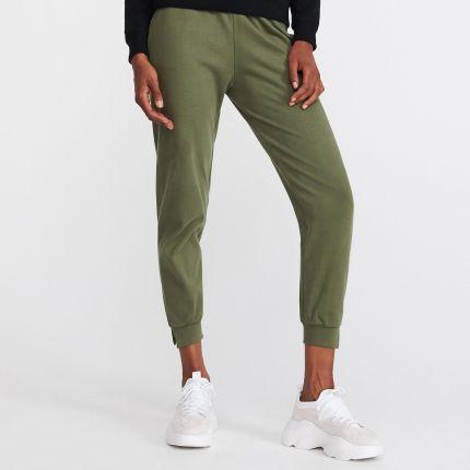 0153d3c2151c53 Reserved - Spodnie dresowe - Khaki ...