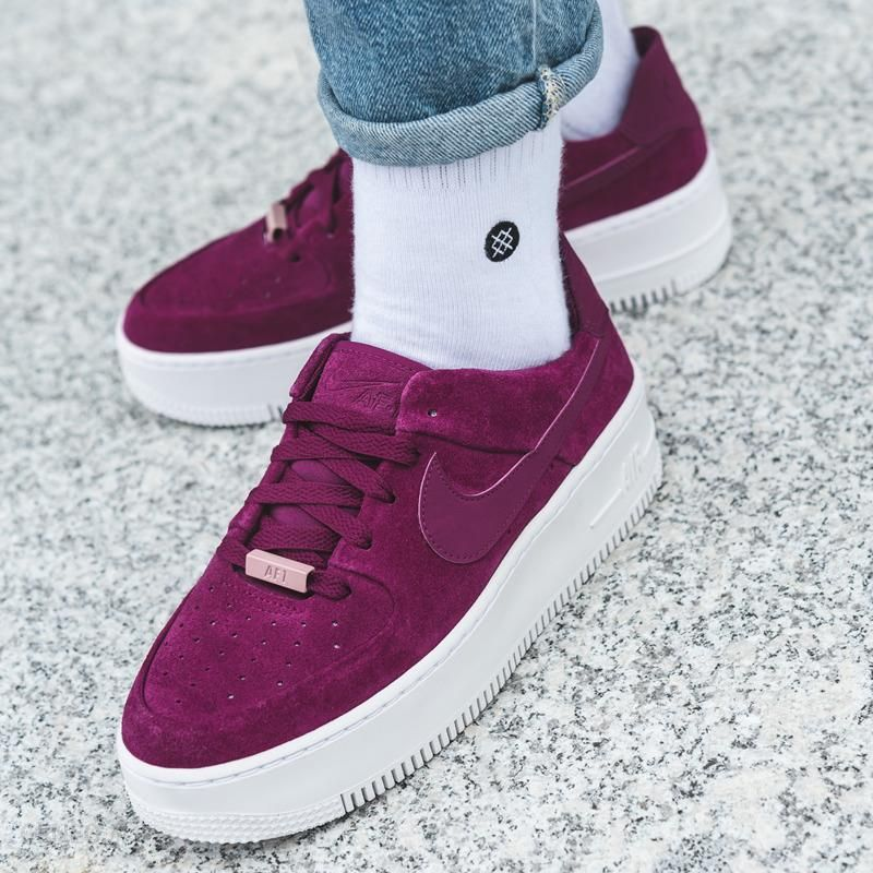 Nike WMNS AIR FORCE 1 SAGE LOW AR5339 600