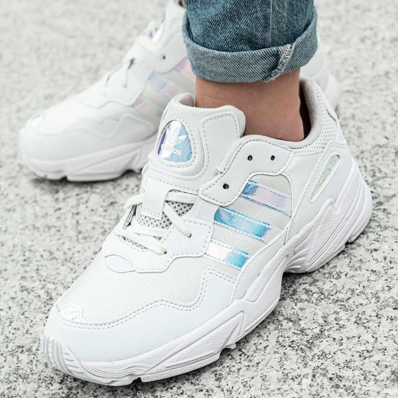 adidas buty dziecięce Young 96 EE6737 białe | e
