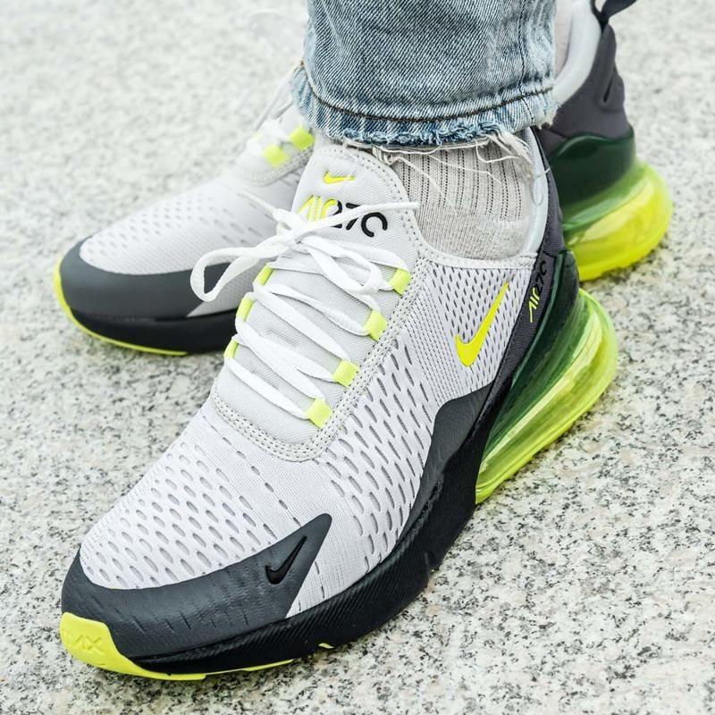 Nike Air Max 270 (CJ0550 001)