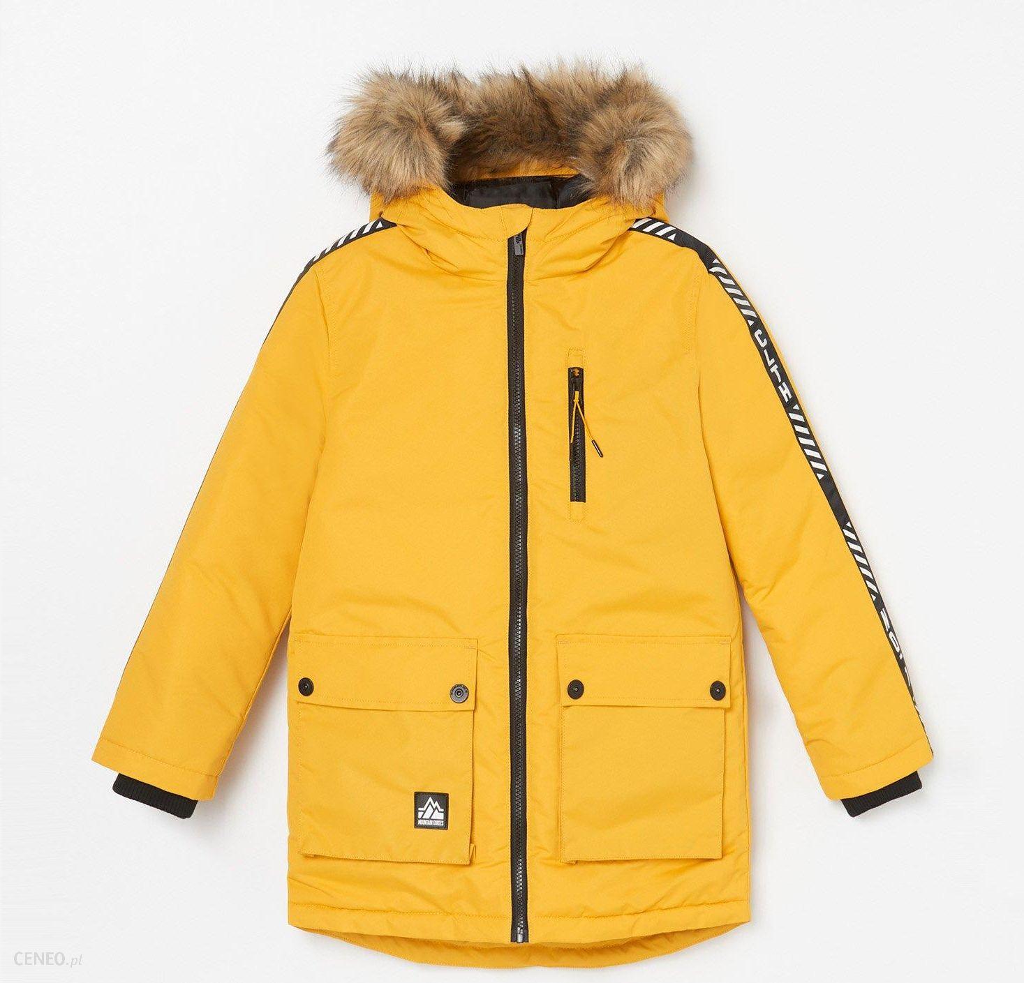 Reserved Ocieplana kurtka z kapturem Żółty