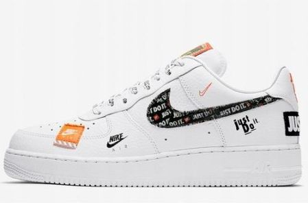 Buty męskie Nike Air Force 1'07 LV8 3 Realtree® Biel