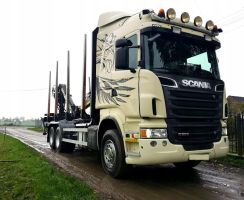 Scania R560 KESLA 2013 do drewna lasu 6x4 resor