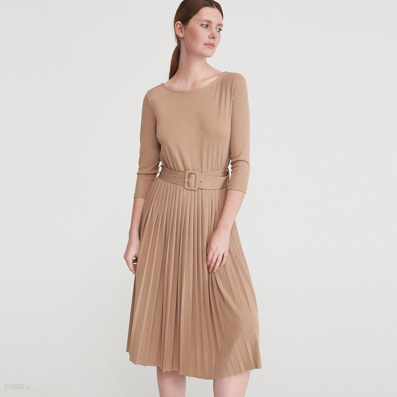 Reserved Sukienka z plisowanym dołem Beżowy Ceny i opinie Ceneo.pl
