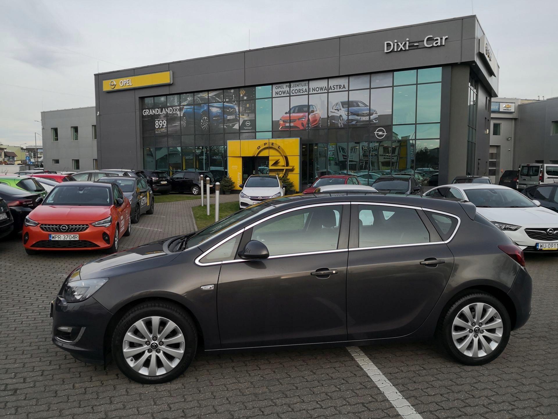 Фото Opel Astra OPC - фотографии, фото салона Opel Astra OPC, J ...   1440x1920
